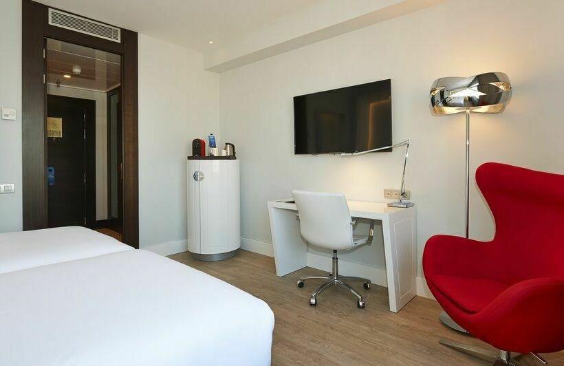 nh collection barcelona gran hotel calder n barcelone partir de 63 destinia. Black Bedroom Furniture Sets. Home Design Ideas