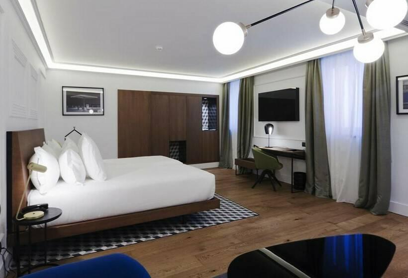 Room Hotel One Shot Palacio Reina Victoria 04 Valencia