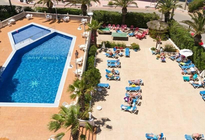 Swimming pool Hotel Riomar Santa Eulalia del Rio