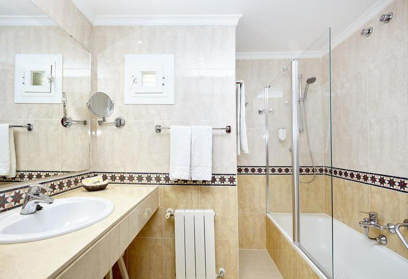 Casa de banho Universal Hotel Lido Park Paguera