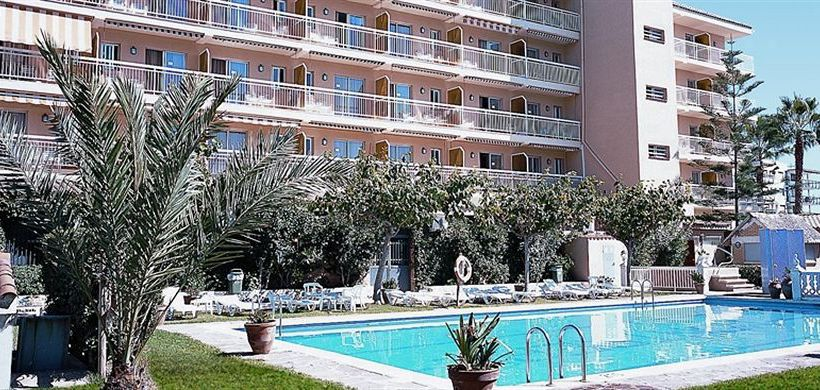 Swimming pool Hotel Montreal Benicasim