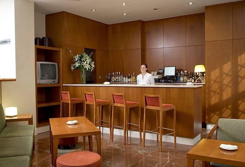 Caffetteria Hotel NH Córdoba Califa Cordova