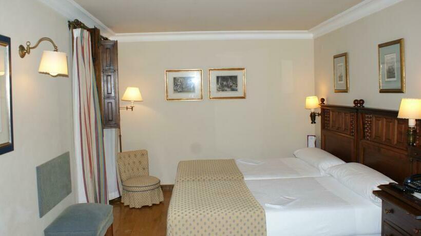 Room Parador de Ferrol