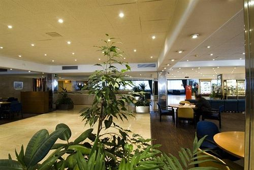 هتل Weare Chamartin مادرید