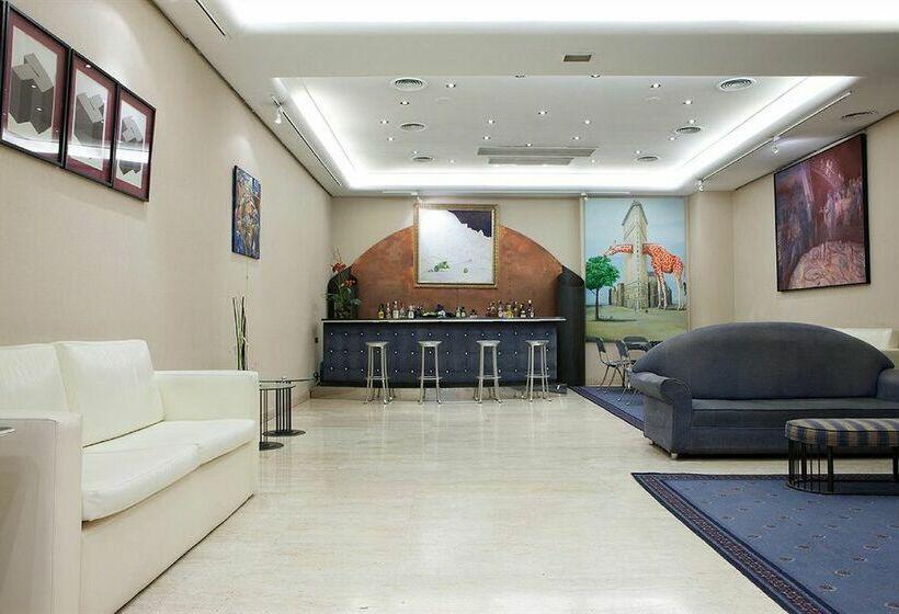 ホテル NH Deusto ビルバオ