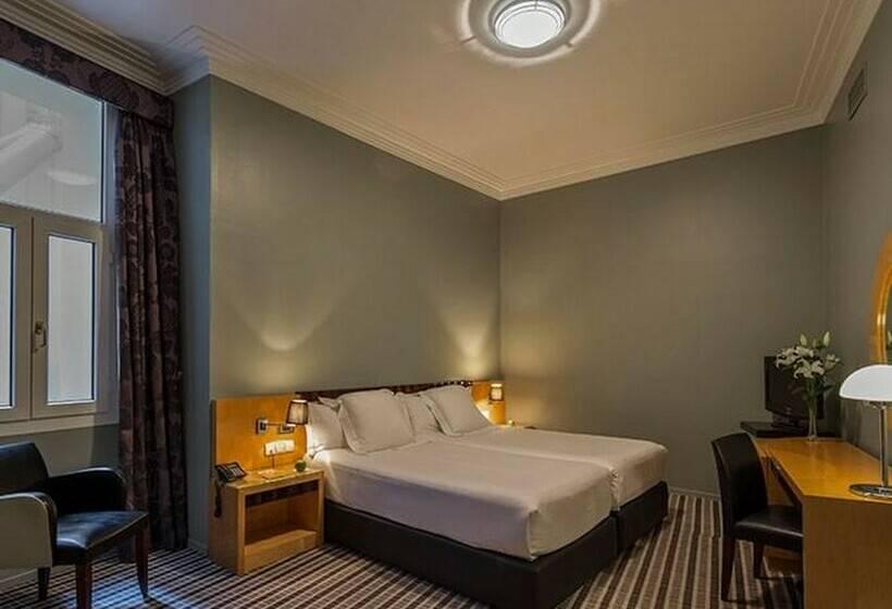 Hotel Room Mate Larios Destinia