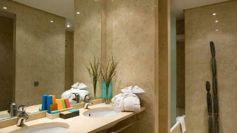 Bathroom Hotel Silken Al-Andalus Palace Sevilha