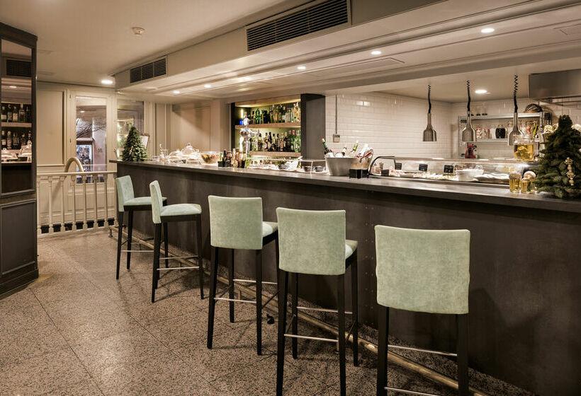 Cafeteria NH Collection Gran Hotel de Zaragoza Saragossa