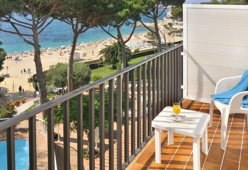 Terrasse Hotel GHT Xaloc Platja d'Aro