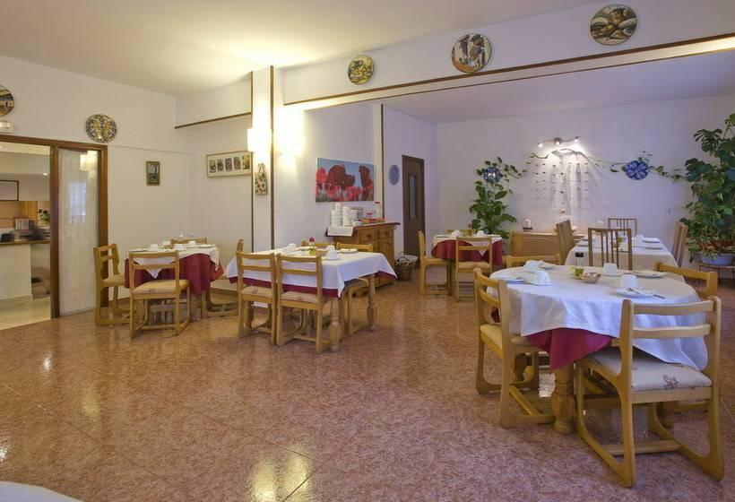 Hostal Manolita Sant Antoni de Portmany