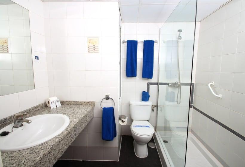 Badezimmer Aparthotel Folías San Agustin