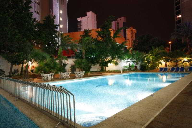 Hotel perla residencia in benidorm starting at 26 destinia for Hotel perla benidorm