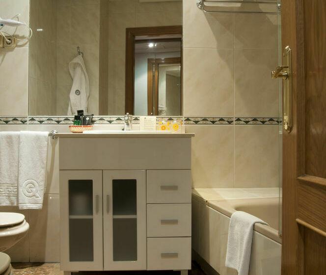 Salle de bain Aparthotel Quo Eraso Madrid