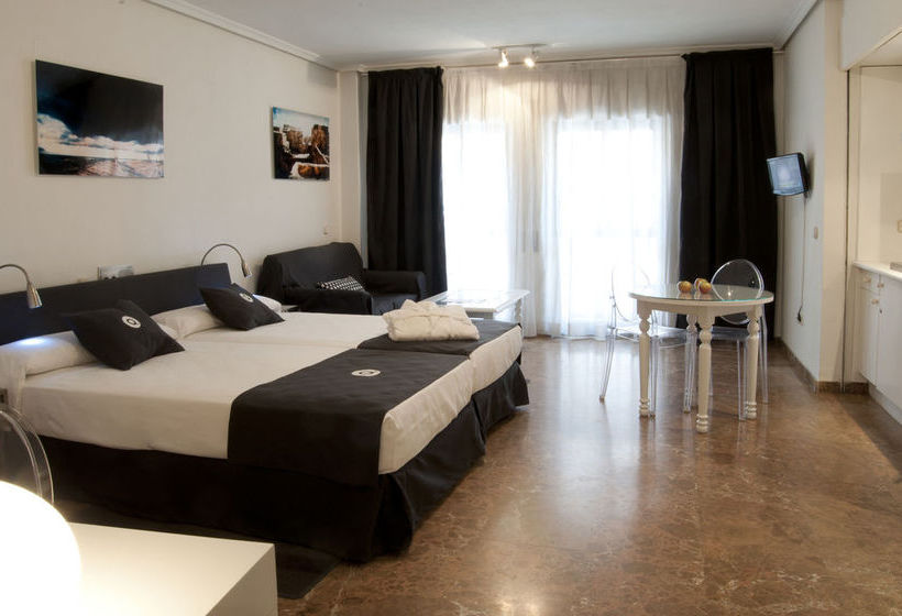 Aparthotel quo eraso en madrid desde 538 destinia for Appart hotel madrid