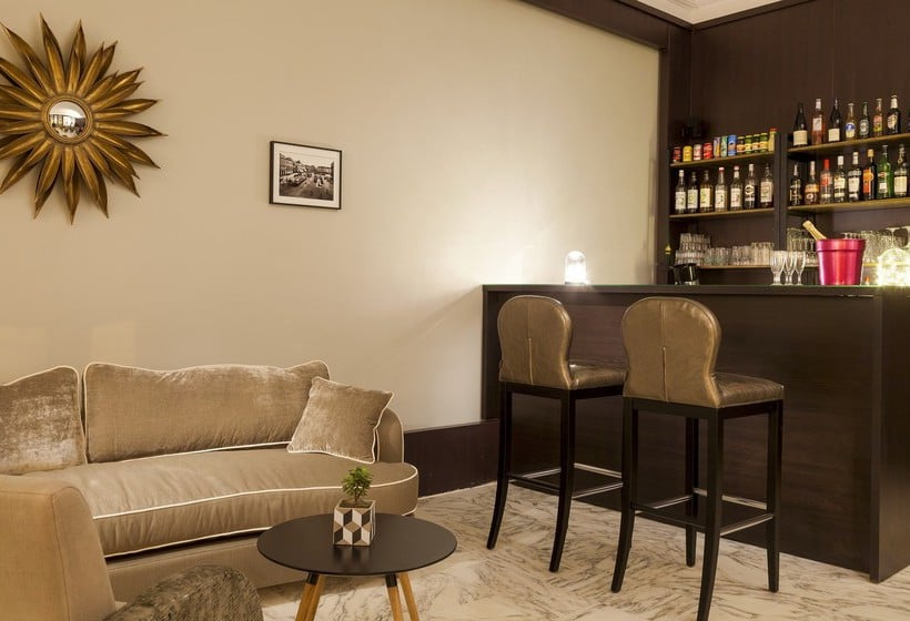 La malmaison nice boutique hotel in nizza ab 34 destinia for Boutique hotel nice