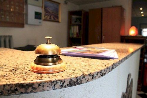 hotel hostellerie de l 39 aiglon digne les bains the best offers with destinia. Black Bedroom Furniture Sets. Home Design Ideas