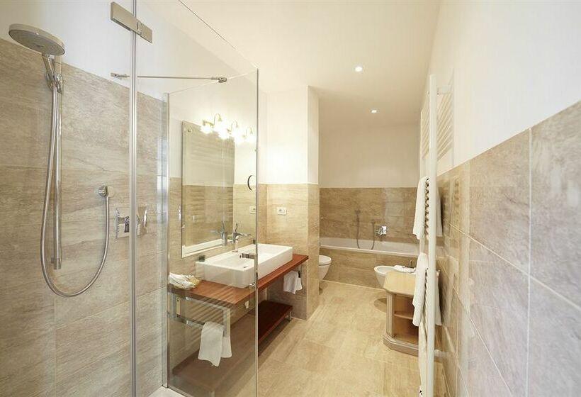 Bagno Hotel Adria Merano