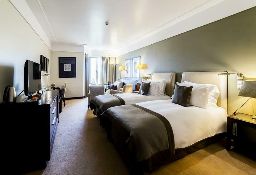 Room Hotel Crowne Plaza Porto