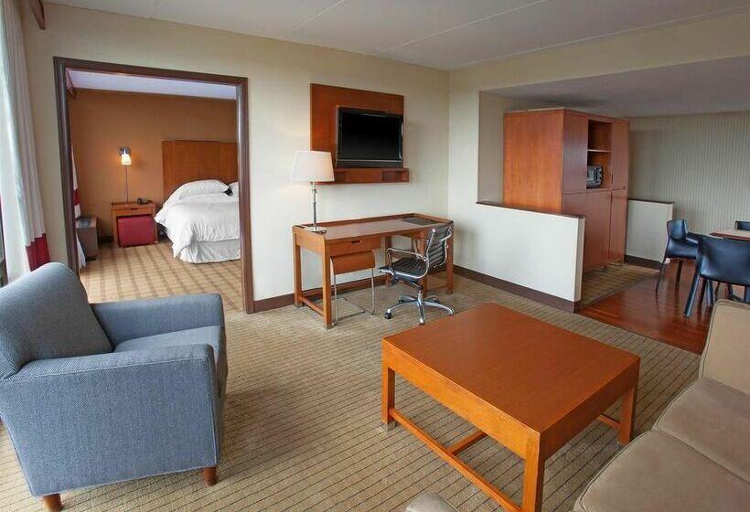 Hotel Four Points by Sheraton Philadelphia Northeast