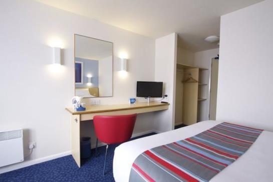 호텔 Travelodge Edinburgh Learmonth 에든버러