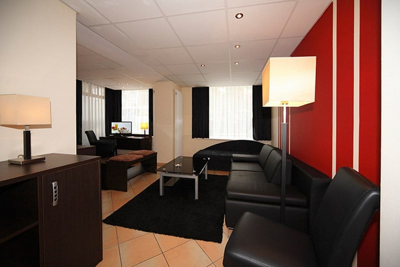 Hotel hansehof hamburg the best offers with destinia for Coole hotels in hamburg