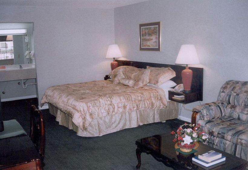 Hotel Express Inn Hartselle