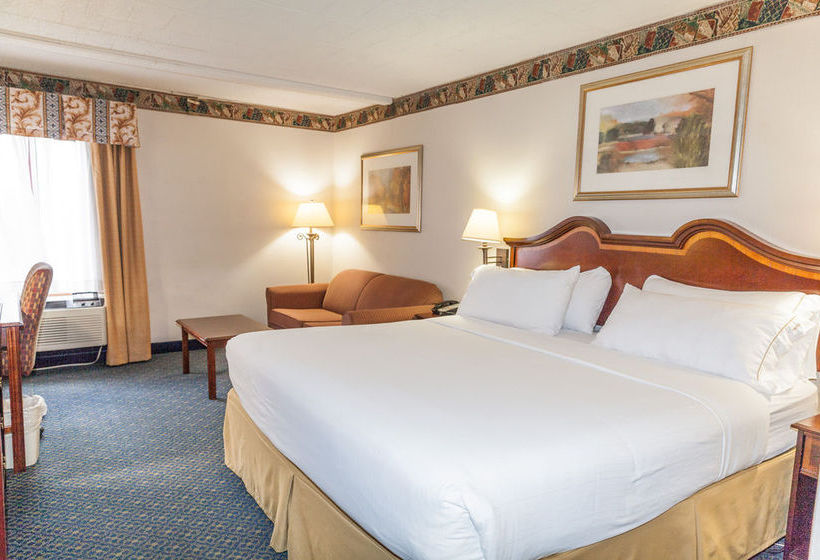 Hotel Holiday Inn Express Pittsburgh Cranberry  Cranberry Township