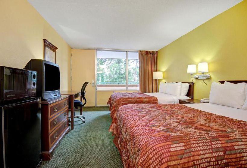 Hotel Days Inn Montgomery Near Auburn University