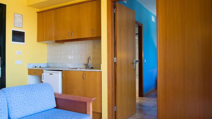 غرفة Aparthotel Blanc Palace سيوداديلا