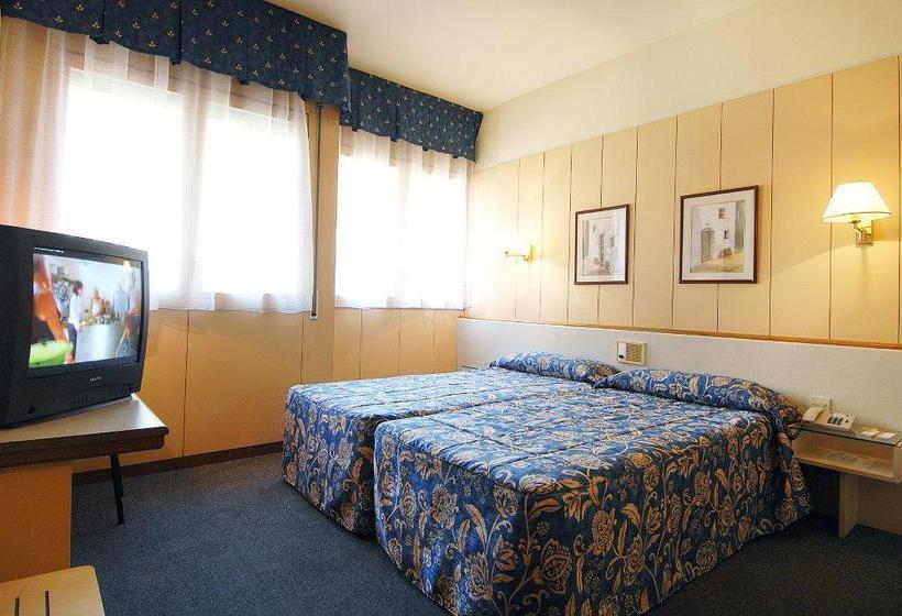 aparthotel bonanova a barcellona a partire da 26 destinia