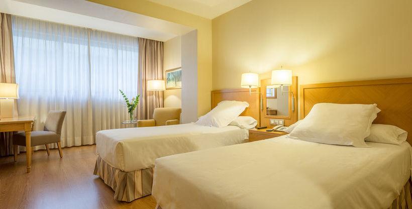 Quarto Hotel Hesperia A Coruña Corunha