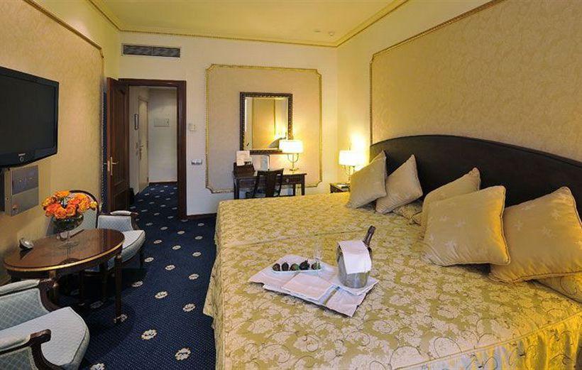 호텔 Roger de Lluría 바르셀로나