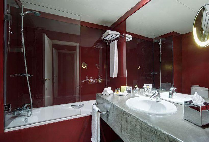 Bathroom Hotel Tivoli Oriente Lisbon