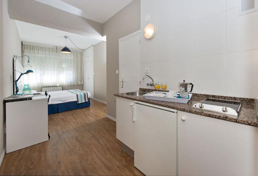 Habitación Apartamentos Aránzazu Santander