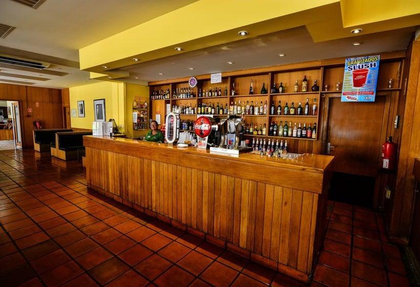 Cafetería Clube Praia da Rocha by ITC
