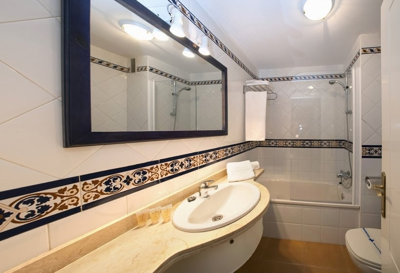 Salle de bain Apartamentos Leo San Bruno Isla Canela