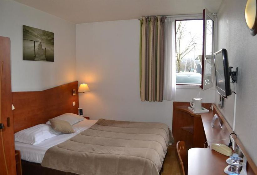 hotel kyriad brive centre brive la gaillarde the best offers with destinia. Black Bedroom Furniture Sets. Home Design Ideas