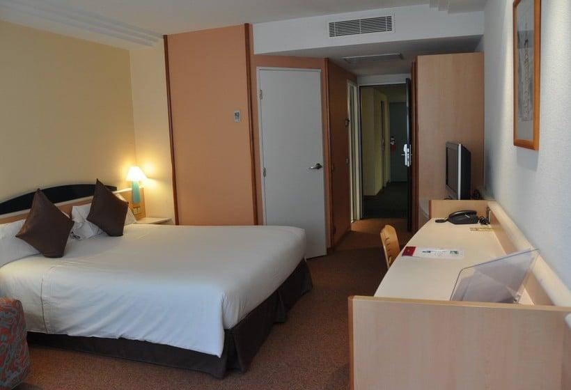 Quarto Hotel Tropical Les Escalades-Engordany