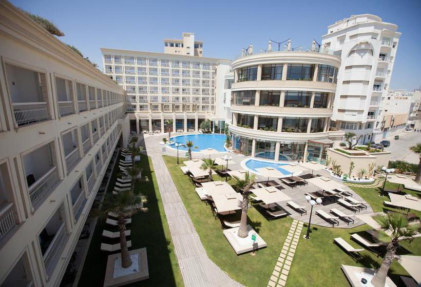 Outside Hotel Sousse Palace