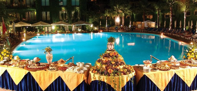 Hotel caesar palace in giardini naxos starting at 36 destinia - Hotel caesar palace giardini naxos ...