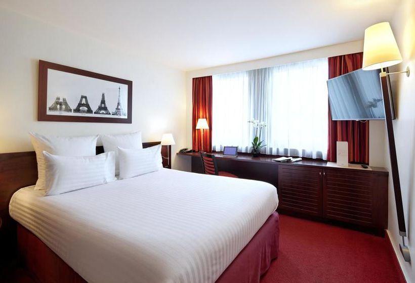 Quarto Hotel Concorde Montparnasse Paris
