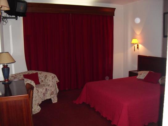 Hotel Arangues Setubal