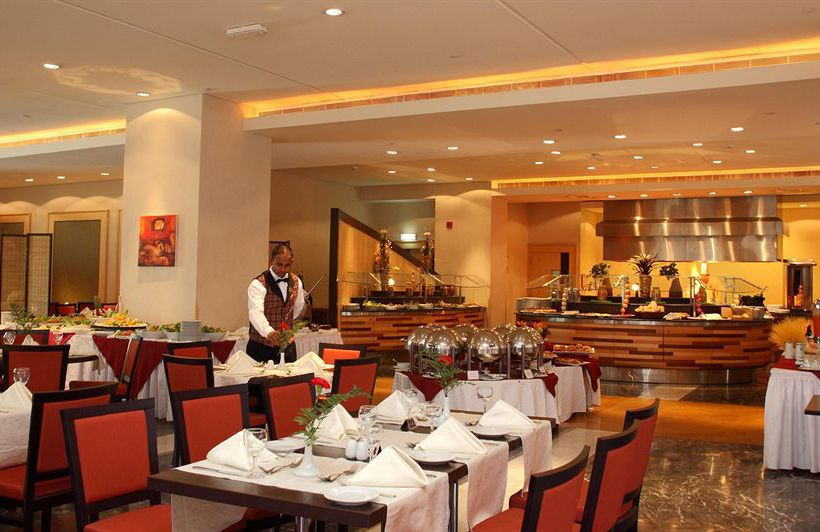 رستوران هتل Holiday Inn Riyadh Olaya ریاض