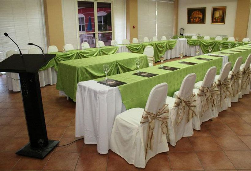 Hotel Seminole Plaza Managua
