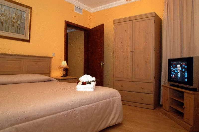 Room Hotel Le Royal Express Sharq Kuwait