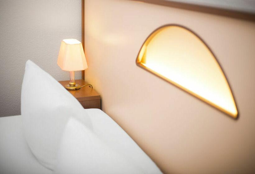 Akzent hotel am forum steglitz in berlin ab 20 destinia for Akzent berlin