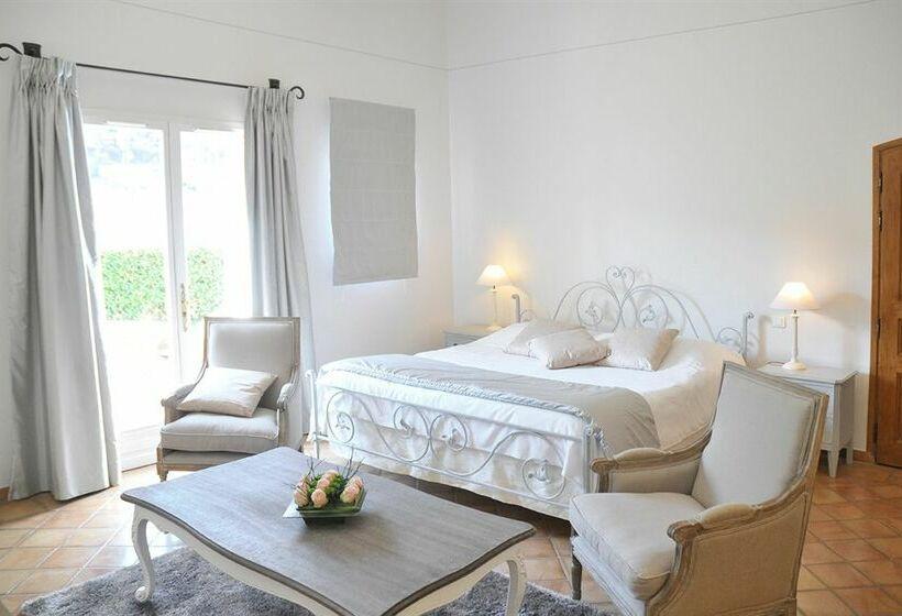 Les Mauniers Hotel - room photo 14518214