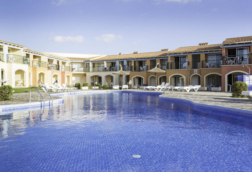 Aparthotel hyb sea club in ciutadella ab 21 destinia for Aparthotel corse