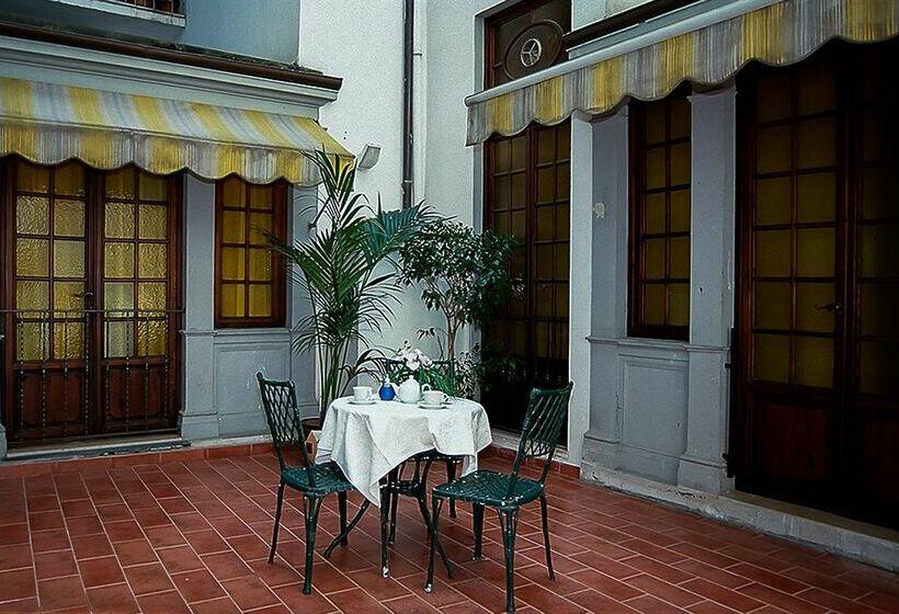 Hotel Accademia Florenz