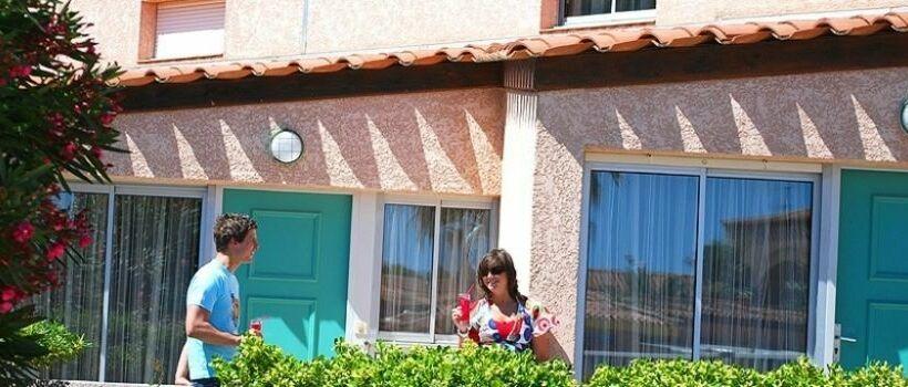 h tel les jardins de neptune saint cyprien plage les meilleures offres avec destinia. Black Bedroom Furniture Sets. Home Design Ideas